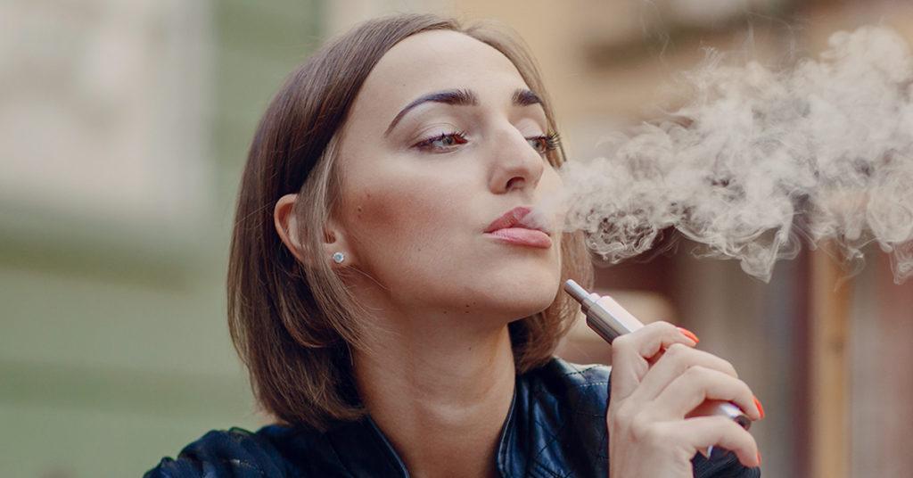 sigaretta elettronica e salute orale